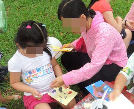Người Việt có tuổi ấu thơ dài nhất thế giới