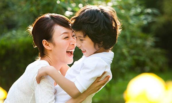 10 câu nói tác động mạnh mẽ đến con trẻ