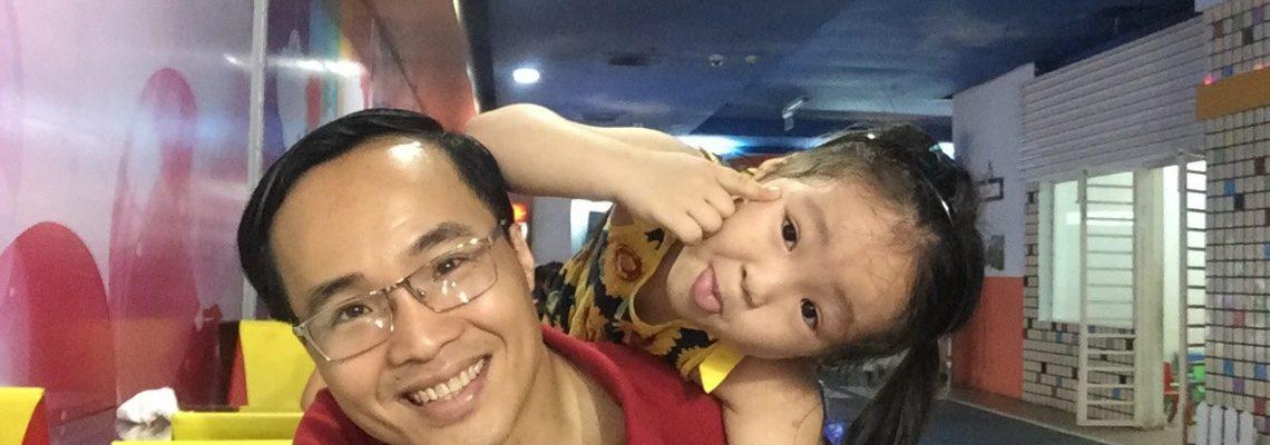 Anh Lê Thanh Trông - bé Lê Châu Cát Tiên