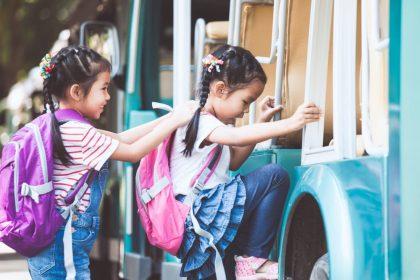 Mục đích của giáo dục là gì? Rốt cuộc điều gì mới là sự giáo dục chân chính? Nhằm đạt được tri thức chăng? Nắm vững những kỹ năng hay đạt được thành công? Nhận được sự tôn trọng? Hay chỉ là để hưởng thụ niềm hạnh phúc?